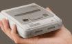Nintendo hat heute das SNES Classic Mini angekündigt! Hier erfährst du, was im Lieferumfang dabei sein wird, ab wann und zu welchem Preis die Minivariante des Super Nintendo Entertainment Systems erhältlich sein wird - und welche 21 Spiele diesmal vorinstalliert sind.